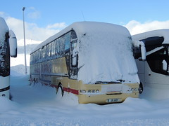 DSCN9827 (2) Andrew's, Tideswell J5 AOT (Skillsbus) Tags: buses coaches france england derbyshire peakdistrict tideswell andrews neoplan euroliner j5aot n316shd weardale c5cec yn56bvr