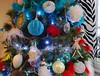 Merry Christmas to everyone (Cherryl.B) Tags: noël weinachten sapin boules lumières cadeaux