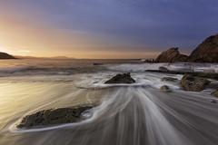 Resaka (Rafael Díez) Tags: españa paisvasco vizcaya agua mar atardecer rocas sunset sol filtro rafaeldíez paisaje azkorri
