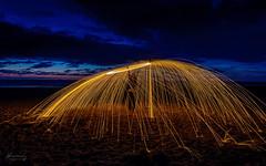 2014_0628-Fire-Shooting-011 - klein (bibi-bibi) Tags: 2014 ausflug jahr lichtmalerei maikewissmann model nacht norderney strand workshop lightpainting