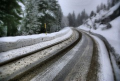 * Dolomiti / Alta Badia / Bolzano * (argia world 1) Tags: dolomiti montagna mountain altabadia bolzano strada road neve snow alberi trees abeti firtrees inverno winter foresta forest