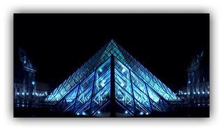 Série Pyramide du Louvre : N° 21