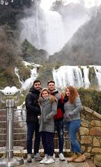 (Alessandra Miglini) Tags: famiglia christmas roccia albero persone cascata