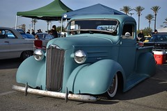 Mooneyes X-Mas Party 2017 (USautos98) Tags: 1937 chevrolet chevy pickuptruck hotrod streetrod custom rockabilly