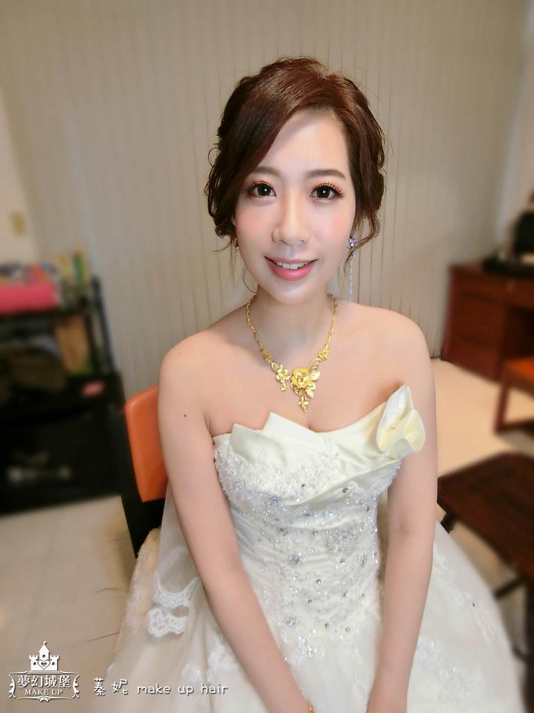 【新秘蓁妮】bride筱軒 結婚造型 / 台中自宅