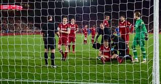 Ragnar Klavan receives treatment, Liverpool v Leicester City, Premier League, December 2017