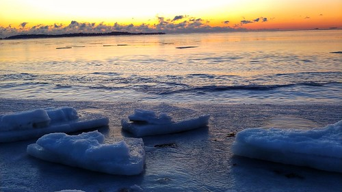 """#frozenocean #reverebeach • <a style=""""font-size:0.8em;"""" href=""""http://www.flickr.com/photos/97803833@N04/24547785667/"""" target=""""_blank"""">View on Flickr</a>"""