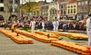 Phot.Alkmaar.Cheese.Market.01.041622.7320.jpg (frankartculinary) Tags: nikon d800 d300 d200 f2 f3 f4 coolpix frankartculinaryyahoode netherlands nederland holland niederlande paísesbajos paysbas paesibassi keukenhof park rotterdam denhaag alkmaar scheveningen lisse beatrixkwartier dutch käse cheese fromage formaggio queso flowers blumen fleur flores tulpen tulipes tulipanes tulipani parade desfile parata square places place plaza plätze strasen rue calle strada streets markt market mercato marché mercado binnenhof blaaktower cubehouses alpaca narcissuse waffle