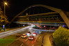 Schwebebahn (Traumfotos Trautmann) Tags: nacht nachtaufnahme nachtfotografie vhs volkshochschuleunna wuppertal nachts schwebebahn wuppertalerschwebebahn brücke bridge strasse strase verkehr licht lichtspuren beleuchtung auto autos ef352isusm canon