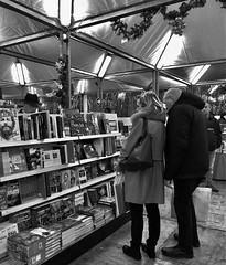 """Books Market"" (giannipaoloziliani) Tags: market capturemoment nikon nikonphotography people libri genova genoa italy italia deferrari fieradellibro mercatino cultura culture books lightandshadow liguria monocromatico monochrome biancoenero blackandwhite capture"