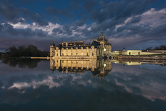 Reflections at blue hour (Sizun Eye) Tags: bluehour reflections chateau castle chateaudechantilly chantilly france nikond750 nikkor1424mmf28 nikkor nikon d750 sizuneye