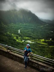 pali lookout hawaii leica sl noctilux 50mm f/0.95 joe marquez -1030212 (The Smoking Camera) Tags: noctilux leica sl leicasl 601 50mm bokeh dof landscape scenery hawaii oahu windward pali lookout koolau mountains clouds koolaus green candid street photography aloha h3 kaneohe kailua