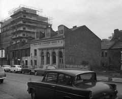 Negative No: 1968-1171 - Negatives Book Entry: 20-05-1968_Charles Street CPO_Notice to Treat (archivesplus) Tags: manchester england 1960s townhallphotographerscollection ford anglia fordanglia cars automobiles workers