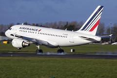 F-GUGK | Air France | Airbus A318-111 | CN2601 | Built 2005 | DUB/EIDW 16/11/2017 (Mick Planespotter) Tags: aircraft airport airbus a318 france airfrance nik sharpenerpro3 2017 collinstown dublinairport fgugk air a318111 2601 2005 dub eidw 16112017