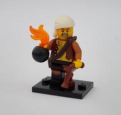 Raiding Sea Rat (Robert4168/Garmadon) Tags: lego minifigure brethrenofthebrickseas pirates sea rat raider bomb pistol pegleg