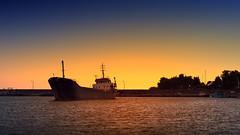 Bozyazı Limanında Gemi (Akcan PhotoGraphy) Tags: bozyazı mersin liman harbor gemi ship sunset günaşımı