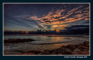 Ona i alba (Wave and dawn) (Cullera, la Ribera Baixa, València, Spain)