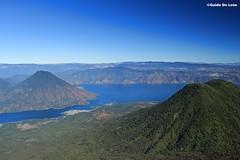 San Pedro, Toliman y el Lago (Guido De León) Tags: visitguatemala guatemalaimpresionante guatedepostal
