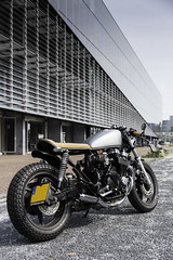 Honda CB750 by Engineart.nl (Miguel Da Silva Photography) Tags: moto motor motorcycle motos motorbikes model motorbike motorcycles miguel man modelling motivation cafe caferacer caferacers canal canals racer racers blog blogger beautiful bike honda custom job built vintage old classic cb750 photographer motorphotographer motorsport photography da silva amsterdam europe destination