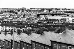 UK - Northern Ireland - Londonderry - Bogside (Marcial Bernabeu) Tags: marcial bernabeu bernabéu ireland northern norte uk united kingdom great britain reino unido gran bretaña londonderry derry bogside monochrome area neighborhood neighbourhood