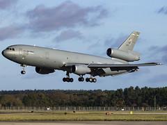 United States Air Force | McDonnell Douglas KC-10A Extender | 83-0077 (FlyingAnts) Tags: united states air force mcdonnell douglas kc10a extender 830077 unitedstatesairforce mcdonnelldouglaskc10aextender usaf rafmildenhall mildenhall egun canon canon7d canon7dmkii
