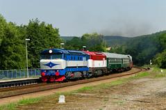 Dva a jedna (Nikis182) Tags: 751002 751001 čd bohuslavice u kyjova české dráhy bardotka čkd diesel locomotive