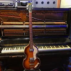 Bass & Keys 🎹 (Pennan_Brae) Tags: recording recordingstudio musicphotography musicstudio uprightpiano bassguitarist bassist guitarist hofner guitar bass music piano hofnerbass bassguitar