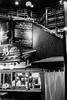Bars à Kyoto (callifra7) Tags: kyoto japon asie canoneos5dmarkiv ef50mmf14usm bar noiretblanc blackandwhite quartiergion