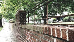 M Kirby Hosp (Allen F. Moore Estate) c1912 Brick Fence, 1111 N. State St, Monticello, IL 20170731-15 (RLWisegarver) Tags: piatt county history monticello illinois usa il