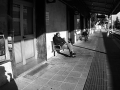 4.4 - Mother Sun/They just want to sit (claudio.feleppa) Tags: stazionedicampobasso campobasso inverno attesa biancoenero dicembre2017 persone ferrovia canonpowershots95 railroad explore