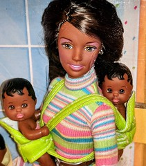 Teen Skipper - Cool Sitter (The Doll Cafe) Tags: africanamericanbarbie teenskipper coolsitter 1998 playlinebarbie skipperdoll skipper barbiebaby