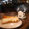 Cappuccino und Käsekuchen (bornschein) Tags: cannstatt chillen cake cappuccino cup city café