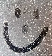 Icing sugar gets everywhere!!! (LeanneHall3 :-)) Tags: icingsugar happy fun smileyface hull kingstonuponhull baking christmaseve christmas samsung galaxys7edge