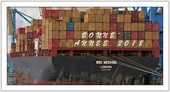 Happy New Year - (diaph76) Tags: france extérieur seinemaritime normandie lehavre port harbor quais docks containers bateaux boats containerships porteconteneurs transport navires coque aussières hawsers