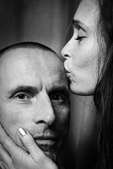 portrait with a kiss (tvdijk19) Tags: kiss woman man couple