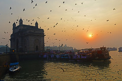 GATEWAY TO FREEDOM (GOPAN G. NAIR [ GOPS Photography ]) Tags: gopsorg gops gopsphotography gopangnair gopan photography india gate gateway mumbai moring sunrise arabian sea