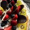 Pavlova (janano2010) Tags: pavlova explore fruit lowfat cream chocolate