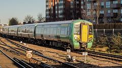 377144 (JOHN BRACE) Tags: 2002 bombardier derby built electrostar 377144 southern livery east croydon station