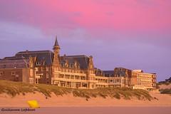 coucher de soleil (Guillaume7762) Tags: hopital hoptaux paris berck mer plage dune oyat coucher soleil rose nuage