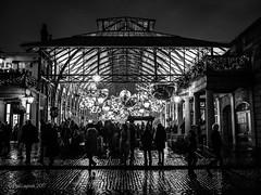Covent Garden (amipal) Tags: 175mm capital city coventgarden england gb greatbritain lights london lowlight manuallens night people street uk unitedkingdom urban voigtlander