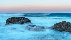 Felsen im Atlanik (AMUMOT) Tags: langzeitbelichtung wasser portugal costavicentina alentejo portocovo gischt wellen nebel dunst sunrise