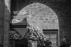 Don Bosco en el Claustro. (Guervós) Tags: sanjuan bosco don giovanni gloria paso reliquias relic úbeda jaén religión religion tradición tradition folklore andalucía andalusia españa spain espagne spanien spagna 西班牙 espanya स्पेन ہسپانیہ espainia maríaauxiliadora salesianos espanha spanje procesión procissão processione procession processó prozesio шествие 遊行 procesio processie prozession procesja patrimoniodelahumanidad worldheritage welterbe patrimoniodellumanità patrimóniomundial patrimoniodahumanidade 世界遗产 vázquezdemolina plaza square basílica colegiata santamaría realesalcázares church claustro cloister iglesia chiesa eglise