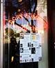 Anuncios que unos se encuentra (Eduardo López Bravo) Tags: iphone5s eua eeuu calle banner street neón bookstore hollywood us usa california