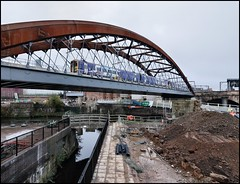 Manchester, Ordsall Chord Opening Northern 158909 & 150142 2E41 08.57 Manchester Oxford Road - Leeds) 10/12/17. (DigitAL46232) Tags: ordsallchord northern manchester irwell irwellbridge 158909 150142