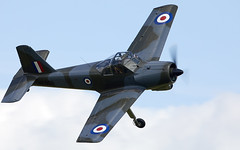 Piston Provost (Bernie Condon) Tags: aircraft plane flying aviation pistonprovost hunting trainer raf royalairforce vintage preserved provost