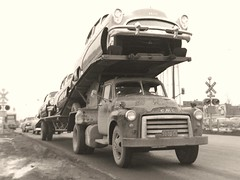 GMC; FJ Boutell #9580 (PAcarhauler) Tags: carcarrier gmc chevy buick semi trailer tractor