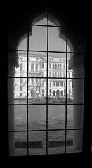 Window.. (pjarc) Tags: europe europa italy italia veneto venetian venice venezia window bw black white biancoenero foto photo digital nikon dx city città 2017