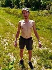 Дима, быстрые ноги, на ногах кроссовки, всегда готов к потасовке!