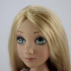 Tonner Rapunzel 16 Inch Doll - Deboxed - Standing - Closeup Right Front View #2 (drj1828) Tags: tonner rapunzel 16inch doll limitededition le1000 purchase deboxed standing