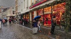 Rainy Day Bruxelles (ΨᗩSᗰIᘉᗴ HᗴᘉS +22 000 000 thx) Tags: rain rainy bruxelles brussels capitale capital belgium town street rue road pluie christmas city hensyasmine yasminehens